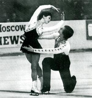14-15 ноября в лд радужный прошло открытое первенство по фигурному катанию на коньках кубок радужный