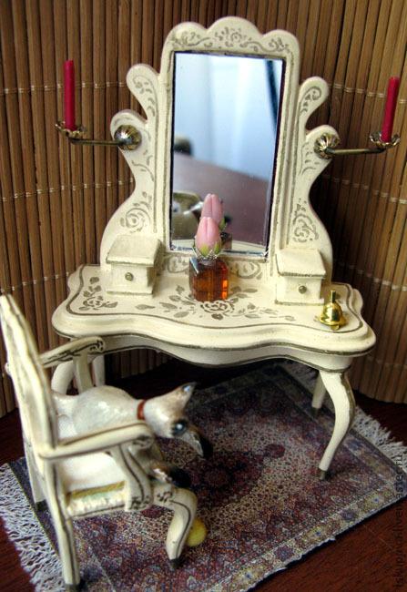Кукольный туалетный столик своими руками 74