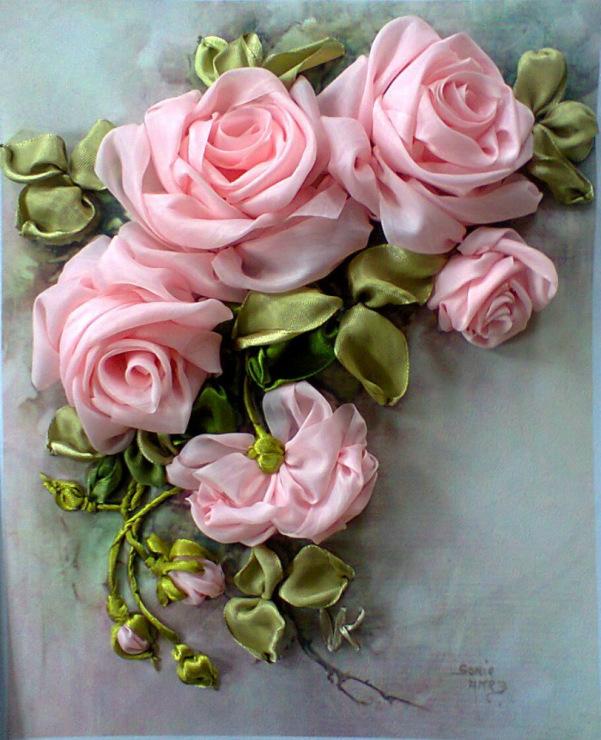 Вышивка лентой объемной розы
